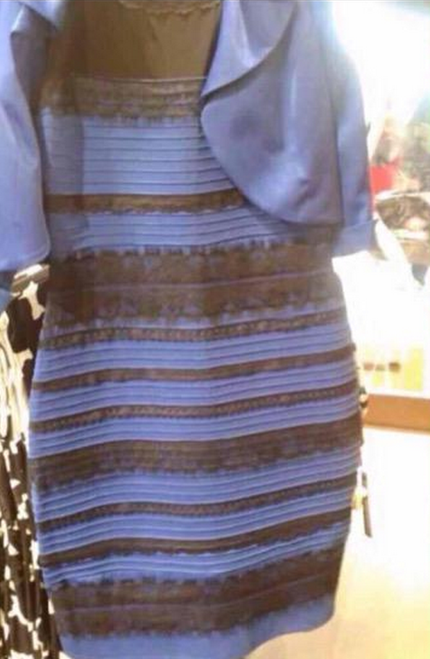 black-blue-white-gold-dress