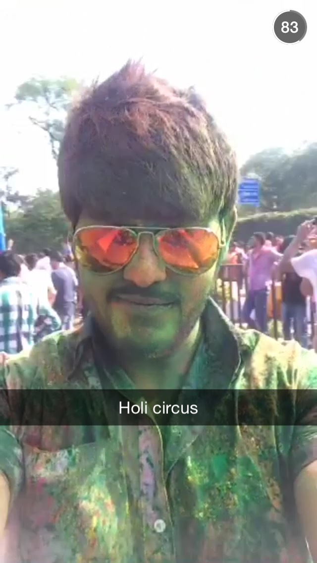 holi-snapchat-paint-sunglasses