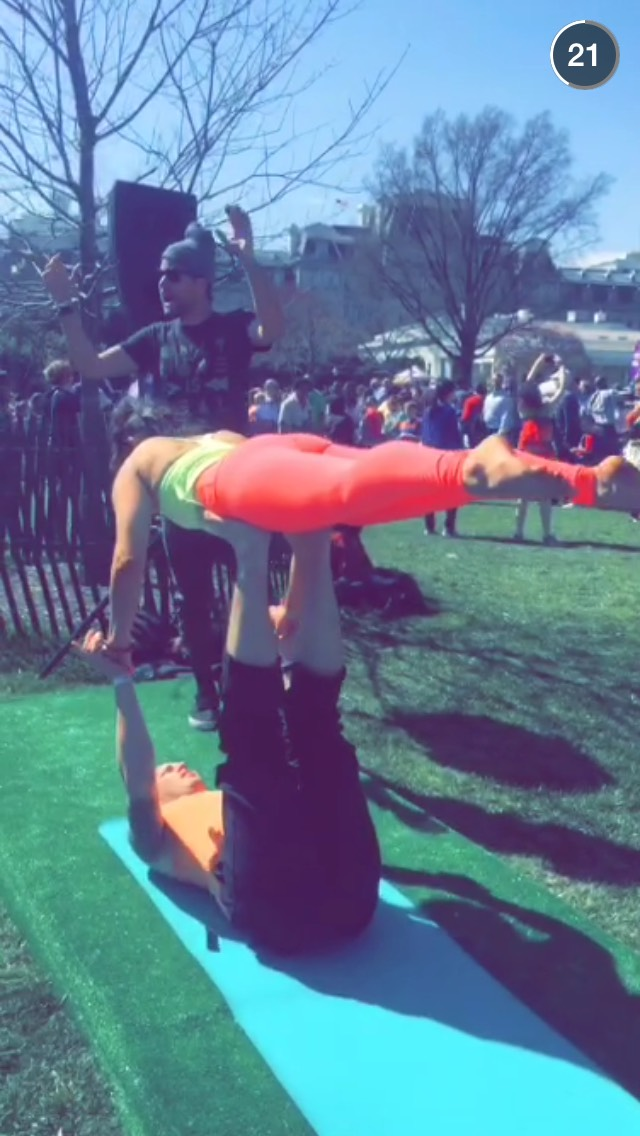 yoga-white-house-snapchat-story