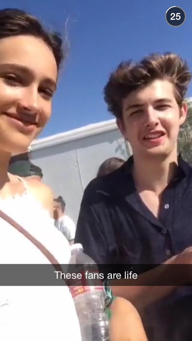 coachella-girl-and-guy-snapchat-story