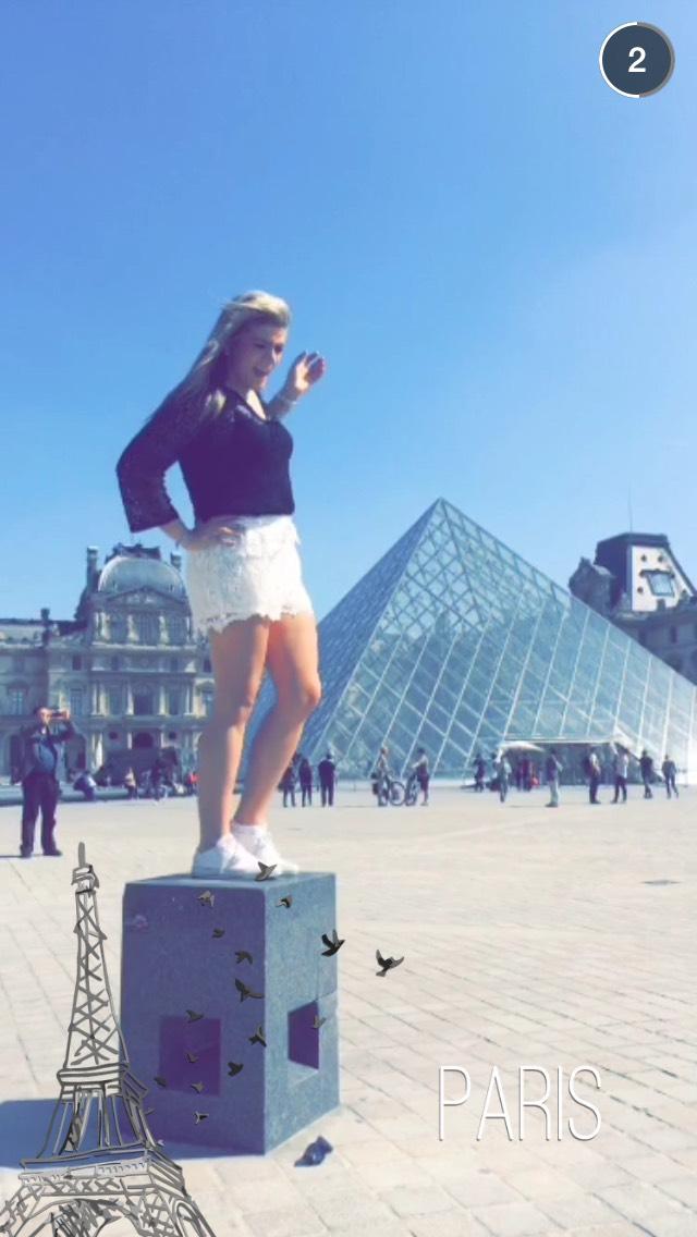 the-louvre-paris-snapchat-story