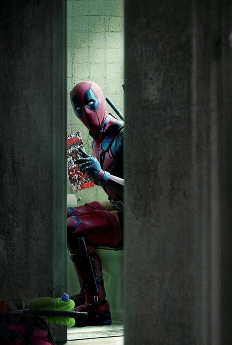 deadpool-on-toilet-reading-comic-book