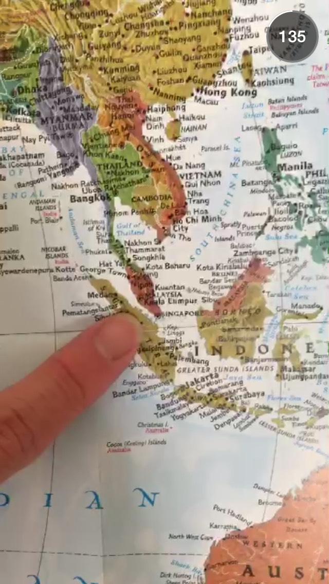 singapore-globe-location-snapchat