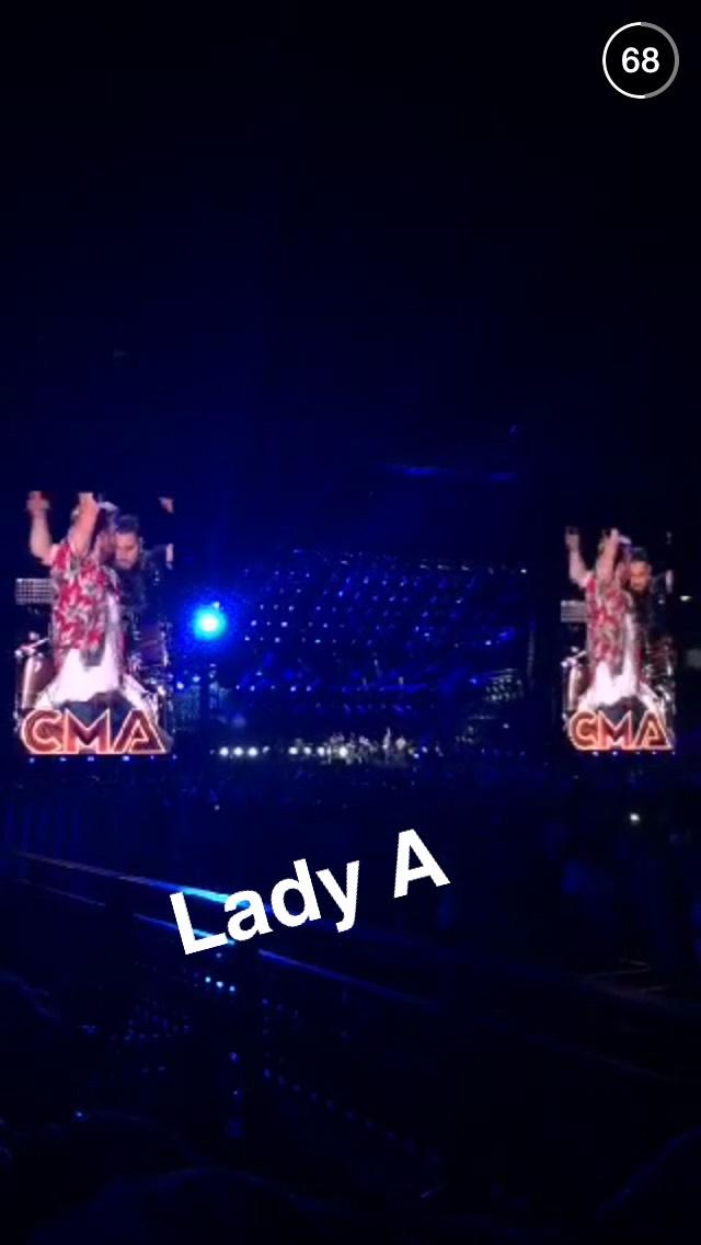 lady-antebellum-snapchat-story