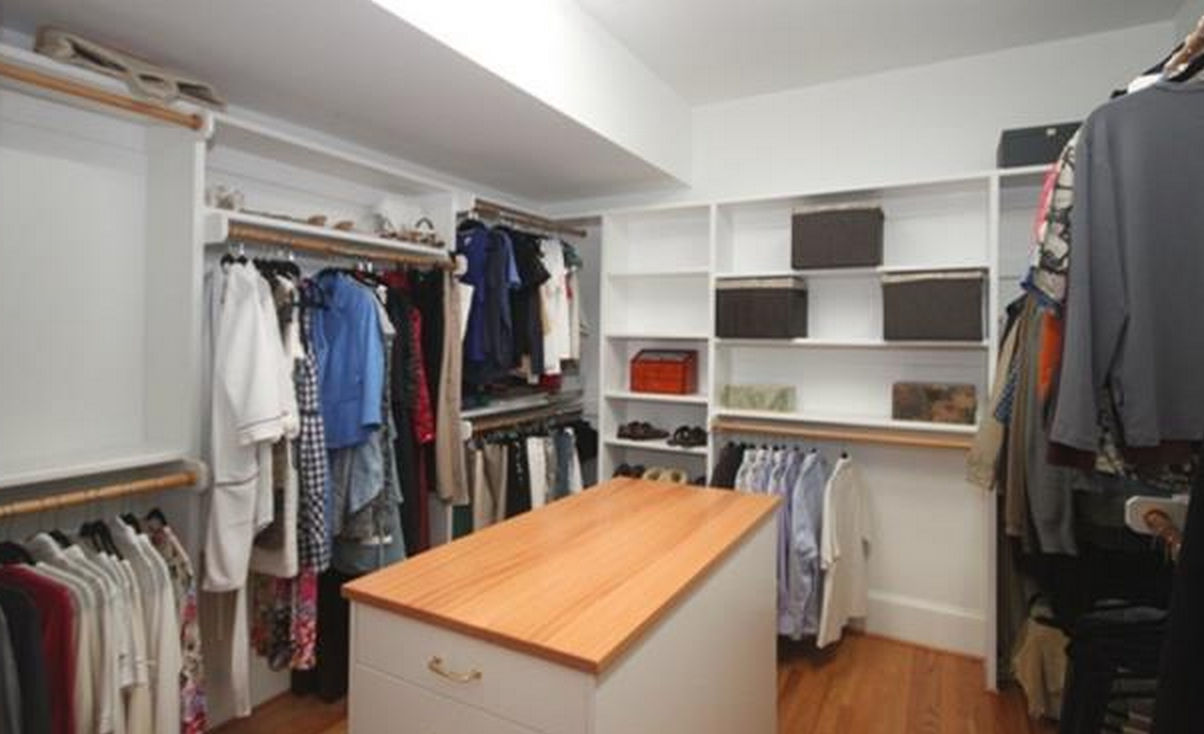 walk-in-closet-meadowmont-home-for-sale