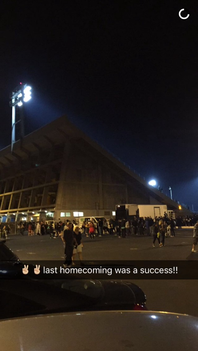 snapchat-hs-football-homecoming
