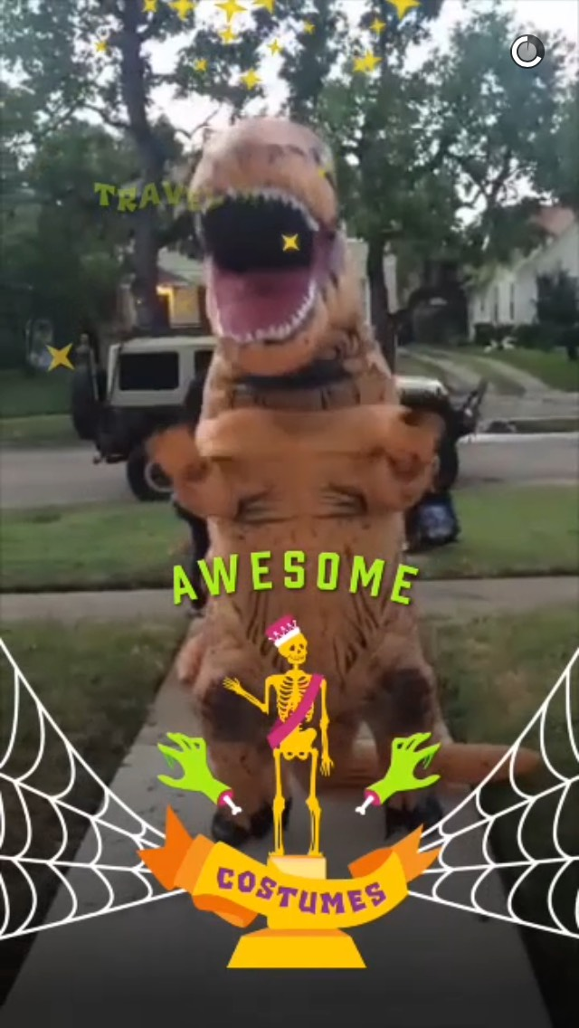 awesome-costumes-snapchat-story