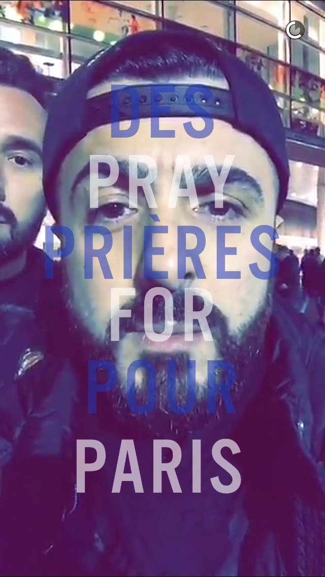 pray-for-paris-soccer-snapchat