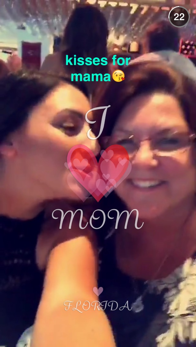 mothers-day-kiss-snapchat-story