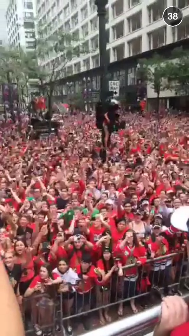 blackhawks-parade-snapchat