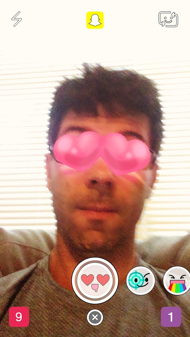 snapchat-eye-hearts-selfie